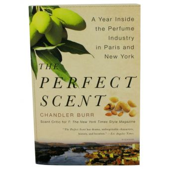 Image of   The Perfect Scent by Chandler Burr - A Year Inside The Perfume Industry In Paris and New York Softcover - til kvinder